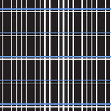 Ligne croisée blanche et bleue modèle sur le fond noir Image stock
