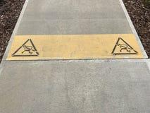 Ligne d'arrêt de jaune de caddie Image de photo Photo stock