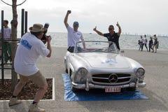 Ligne d'arrivée de la visite de rassemblement Amical Un rassemblement classique de voiture, dans T Image stock