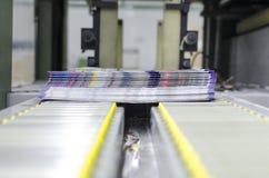 Ligne d'arrivée de presse de courrier machine photographie stock libre de droits