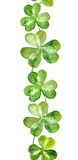 Ligne de frontière modelée avec les minettes vertes pour le jour de St Patrick Photo stock