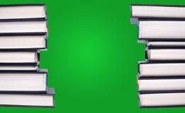 Ligne de livres reliés Images stock