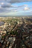Ligne de train de Londres dans l'horizon Image libre de droits