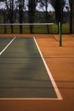 Ligne de tramway de vue de court de tennis Images libres de droits
