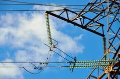 Ligne de transmission isolateurs Photos stock