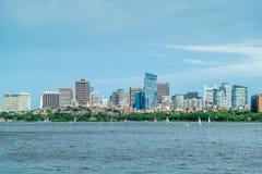 Ligne de ville de Boston vue de massachusetts.institute.of.technology latéral, Nouvelle Angleterre, Etats-Unis Photo stock