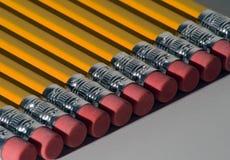 Ligne des crayons Photographie stock