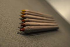 Ligne des crayons de couleur Photographie stock