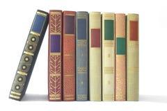 Ligne des livres de cru image stock