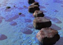 Ligne des pierres de progression dans une scène bleue de fleuve d'océan Photographie stock libre de droits