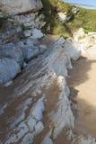 Ligne des pierres sur la plage Photo stock
