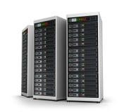 Ligne des serveurs de réseau au centre de traitement des données Photos libres de droits