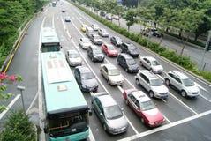 Ligne du stationnement de véhicules Photographie stock libre de droits