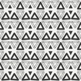 Ligne géométrique modèle sans couture de hippie abstrait monochrome avec la triangle Images stock