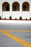 Ligne groupe de rue avec le fond de trois voûtes Photo stock