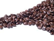 Ligne rôtie de grains de café Photos libres de droits