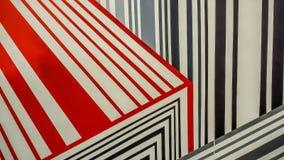 Ligne rouge, noire, grise colorée modèle images stock