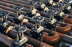 Ligne valves de tuyau de pétrole et de gaz Photos libres de droits