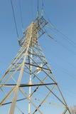Lignes électriques à haute tension Photo stock