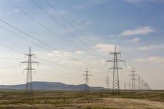 Lignes électriques, câbles Photos libres de droits