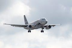 Lignes aériennes Airbus A319-132 d'esprit Photos stock