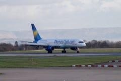 Lignes aériennes Boeing 757-200 de ThomasCook Image stock