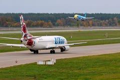Lignes aériennes d'UTair photo stock