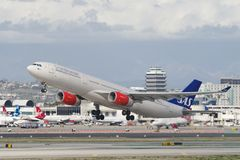 Lignes aériennes scandinaves SAS Airbus A330 Photographie stock libre de droits