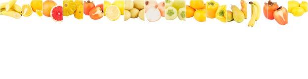 Lignes de différents légumes et de fruits jaunes, d'isolement Photos stock