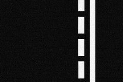 Lignes de route goudronnée et de circulation Photos stock