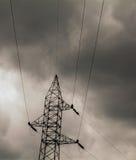 Lignes de transport d'énergie photo stock