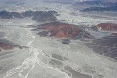 Lignes de trapèze vues de l'avion, Nazca, Pérou Photo stock