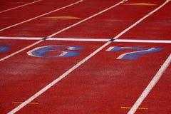 Lignes de voie pour la course courante image stock