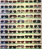 Lignes des lunettes de soleil Image stock