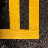 Lignes jaunes photo stock