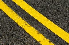 Lignes jaunes image stock