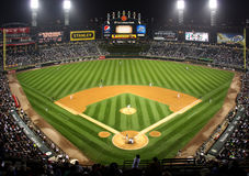 Ligue Majeure de Baseball la nuit Chicago Image stock