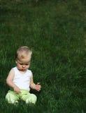 liitle травы мальчика Стоковое Изображение