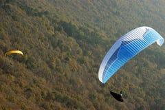 lijak над paragliding Стоковые Изображения