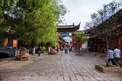 Lijiang, улица древнего города Юньнань Shuhe Стоковое фото RF