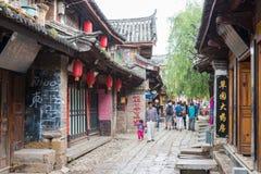 LIJIANG, CHINE - 6 SEPTEMBRE 2014 : Vieille ville de Shuhe (heritag du monde de l'UNESCO Photo libre de droits