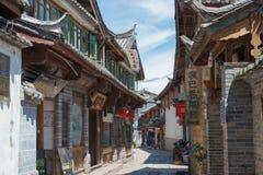 LIJIANG, CINA - 5 SETTEMBRE 2014: Città Vecchia di Lijiang (mondo dell'Unesco lui immagine stock libera da diritti