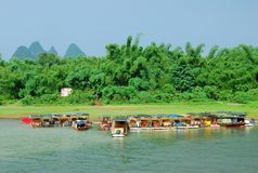 Lijiang River landskap i Guilin, Kina Royaltyfri Fotografi