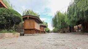 Lijiang stare grodzkie ulicy w ranku, Yunnan, Chiny zbiory wideo