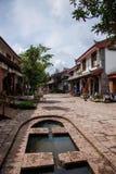 Lijiang, Yunnan Shuhe Antycznego miasteczka ulica Obrazy Stock