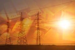 Lijn de met hoog voltage van de machtstransmissie Energiepijlers Bij zonsondergang, stock illustratie
