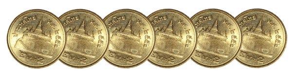 Lijn gouden muntstuk op witte achtergrond Stock Afbeeldingen