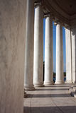 Lijn van kolommen bij Gedenkteken Jefferson Stock Fotografie