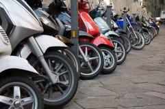 Lijn van verschillende motocycles Royalty-vrije Stock Afbeeldingen