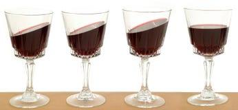 Lijn van wijnglazen royalty-vrije stock afbeeldingen